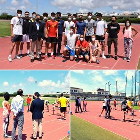 foto visita delegado alumnos UCA