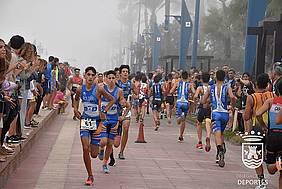 foto triatlón de menores
