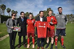 Foto Bayer de Munich con Alcalde de Chiclana